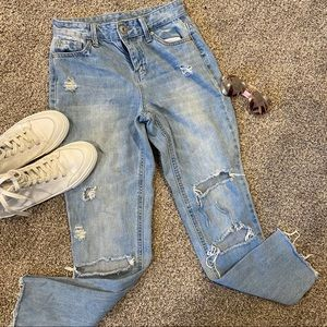 Jeans ripped distressed. Size 0. Vanilla Star